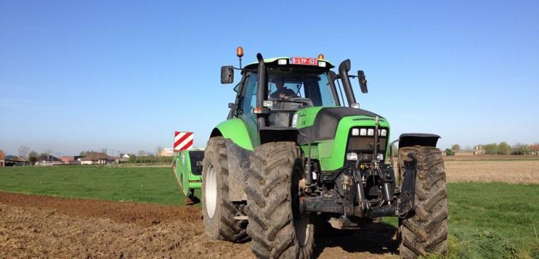 tuinbouwloonwerk grondbewerking- landbouw